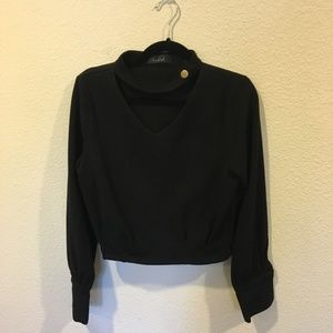 Chicwish Tops - Chicwish urbane chic v-neck cropped black top